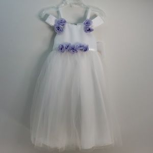 US ANGELS FLOWER GIRL DRESS WHITE SATIN SIZE 3T